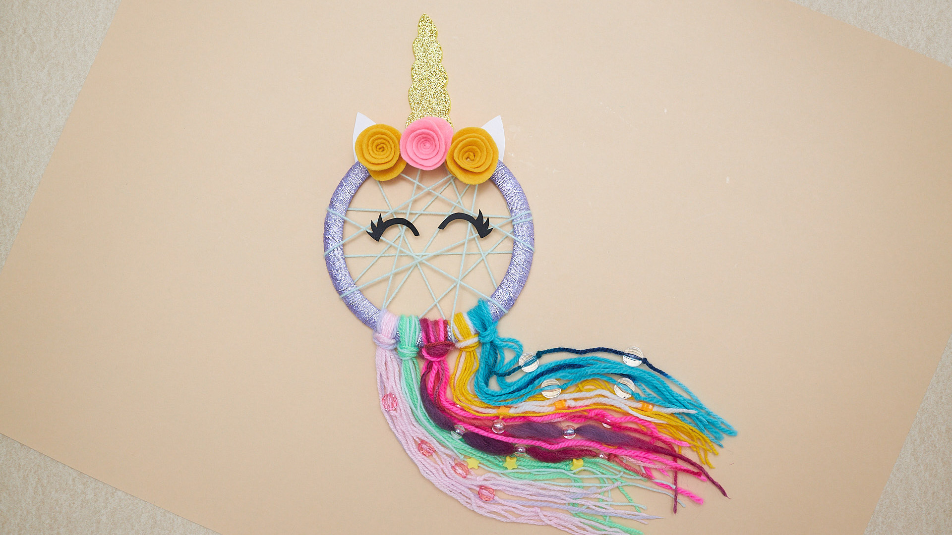 DIY Sparkly Unicorn Dreamcatcher For Kids
