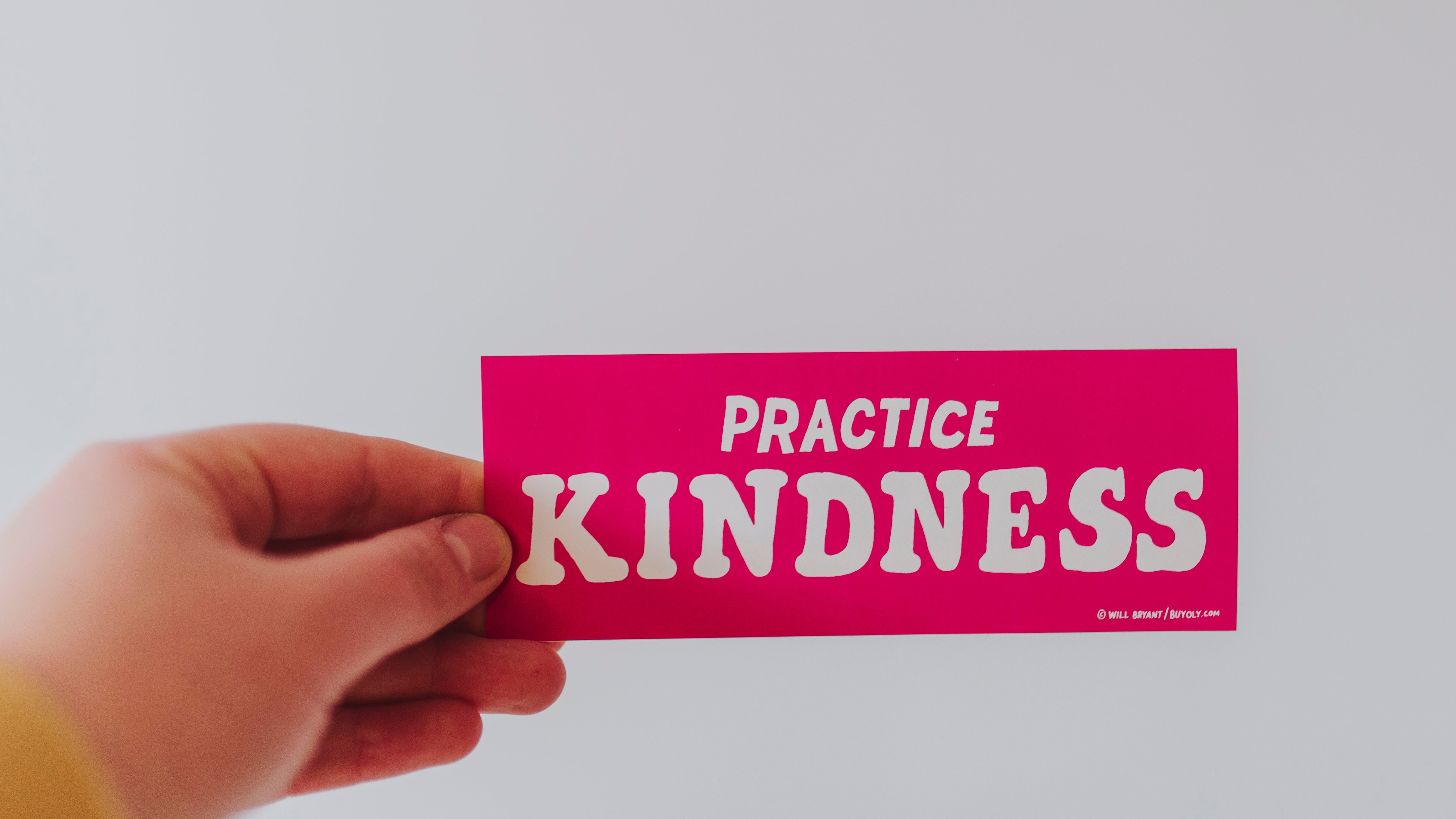 9 Simple, Random Acts of Kindness to Celebrate World Kindness Day